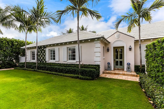 Palm Beacher Artie Merrill just paid a recorded $4.15 million for a renovated 1951 house at 118 Via Vizcaya in Palm Beach's Estate Section.