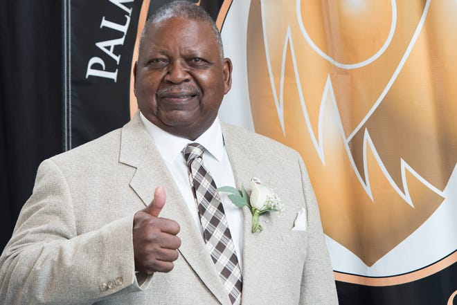Malachi Knowles, shown in 2016 when he was inducted into the Palm Beach County Sports Hall of Fame, recently was inducted into the  Florida Black Sports Hall of Fame.