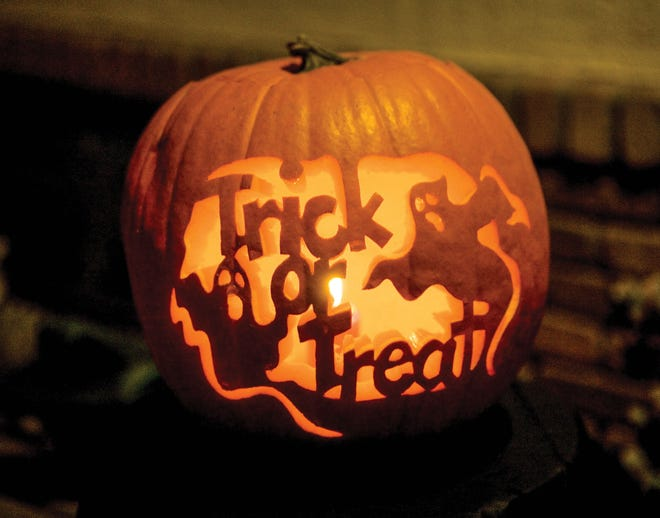 The Stephenville Chamber of Commerce and city of Stephenville are hosting a safe trick or treating event on Thursday in the downtown square.