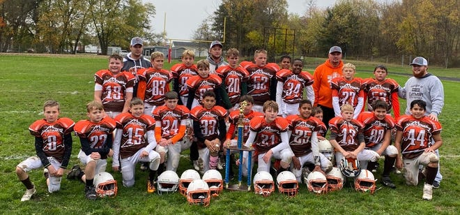 The Claymont Mustangs 6th Grade defeated Indian Valley 20-16 to become the Inter Valley Youth Football Bowl Champions. The game took place Sunday at Kelley Field in Midvale.