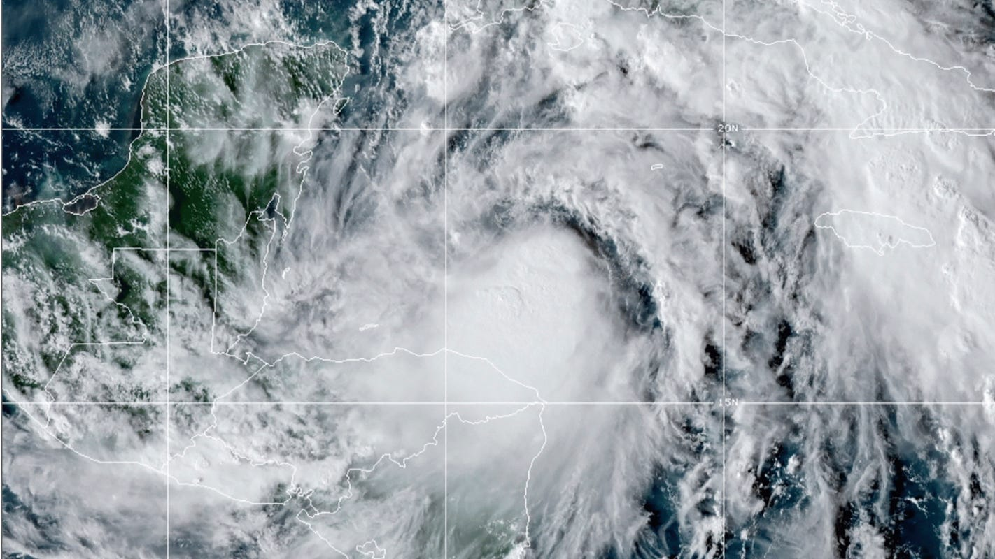 Tropical Storm Zeta expected to strengthen into a hurricane before hitting Mexico Gulf Coast – USA TODAY