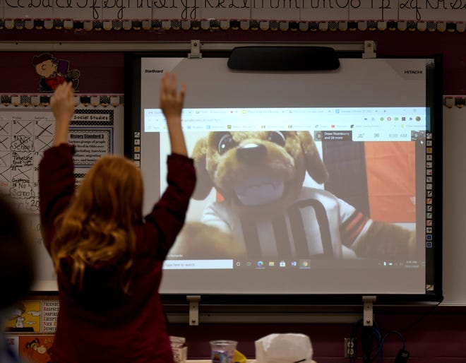Students in the Osnaburg Local School District on Tuesday celebrated the district receiving the $10,000 Fuel Up to Play 60 Hometown Grant. The celebration included breakfast and a virtual visit with Browns' mascot Chomps and tight end Stephen Carlson.