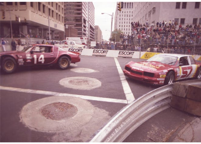 The Columbus Ford Dealers 500 was a race through downtown Columbus. Organized by the Columbus Ford Dealer Association and Jim Trueman, president of Red Roof Inns and TrueSports, the first race was Oct. 4-6, 1985, and was 136 laps on the 2.3-mile course, for a total 312.8 miles. The event, which never broke even financially, lasted four years, with the final race in 1988.