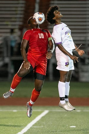 Reynoldsburg's Nassir Disuki (right) is expected to be among the  top returnees for the boys soccer team, which finished 8-7-3 overall and 3-1-1 in the OCC-Buckeye Division to finish second behind Pickerington Central (5-0-0).