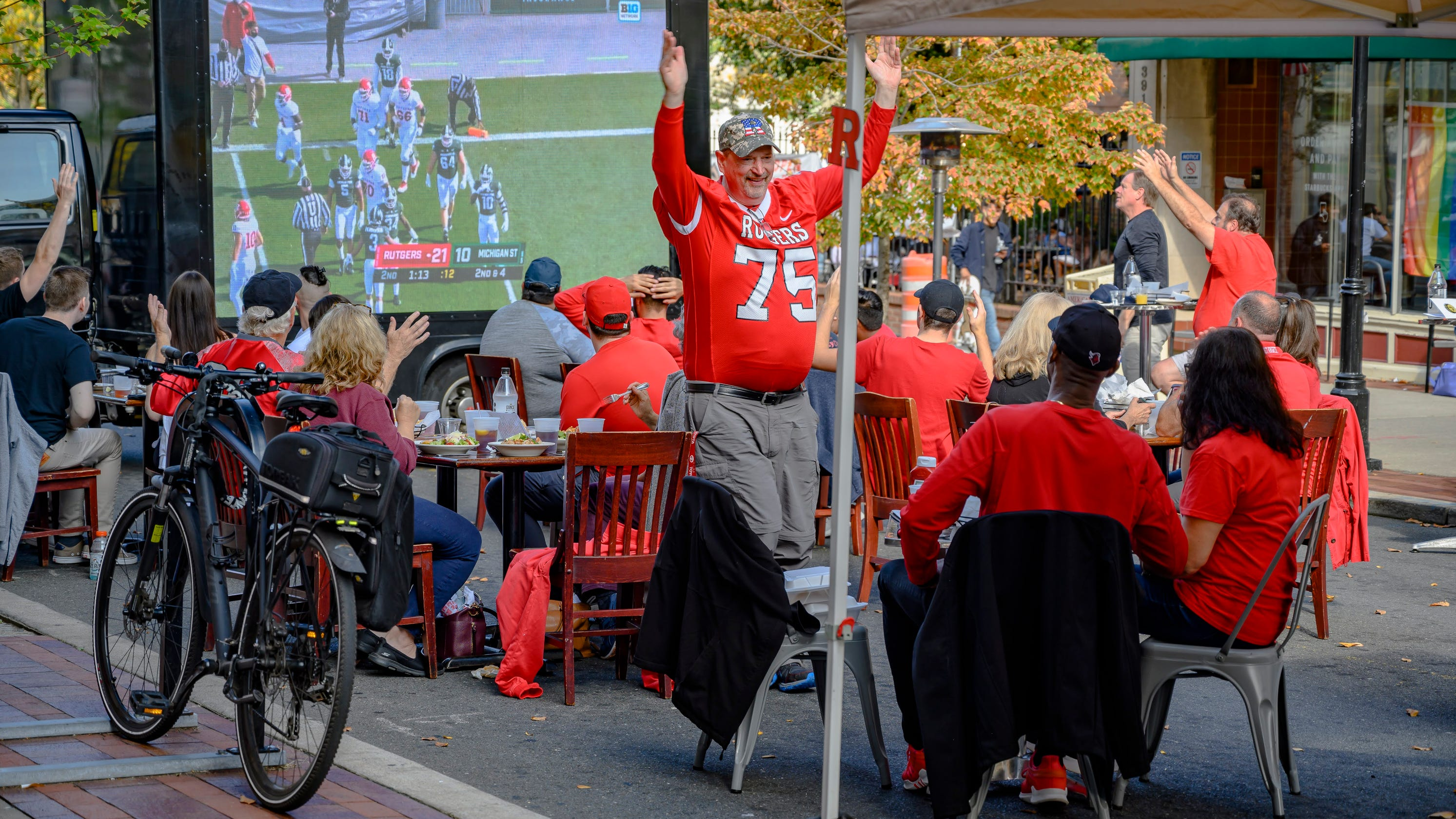 'A socially distanced good time:' Rutgers football tailgate parties keep chopping