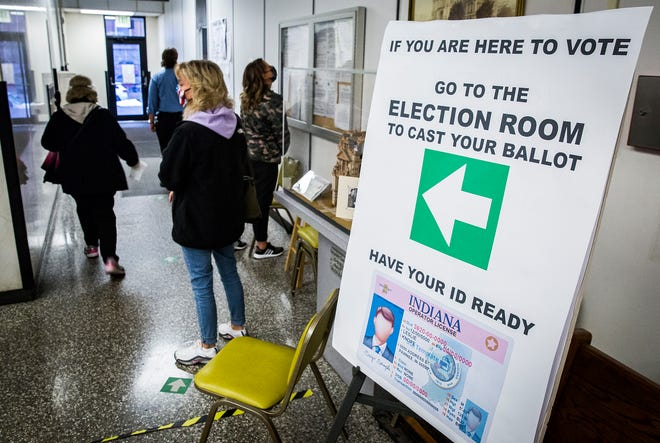 County residents line up at the Delaware County Building to cast their votes Tuesday, Oct. 27, 2020.
