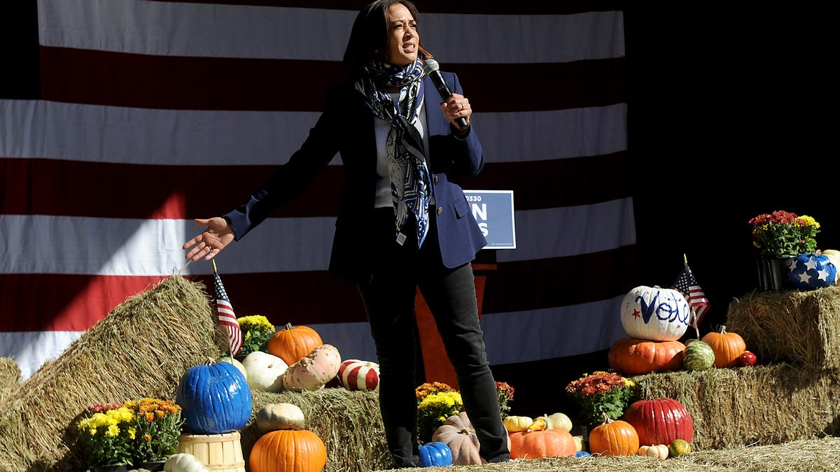 Kamala Harris Urges Reno Supporters To Make History In Campaign Stop
