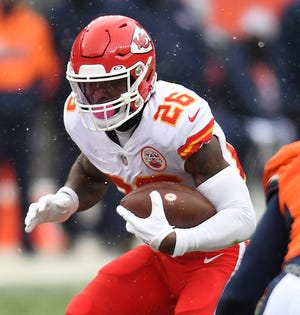 Le'Veon Bell averaged 6.5 yards per carry in his Kansas City debut, nearly two yards better than his best game with the Jets, whom he will face Sunday.