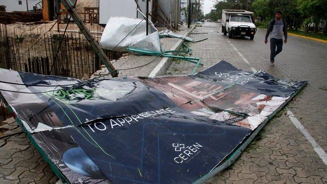 Hurricane Zeta charges toward Wednesday landfall in US Gulf Coast
