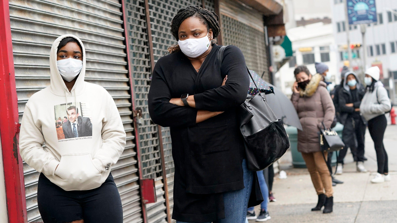 Coronavirus live updates: US cases break records; Barrett ceremony full of masks; New Jersey's largest city sets curfew