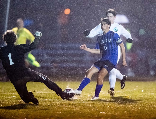 Kaden Schrock nearly scores, but couldn't get this one past the Elyria Catholic final line of defense in Central's 2-0 playoff win.