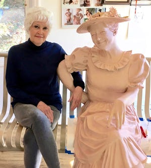 Columbia artist Jennifer Grisham was commissioned by the Grinder's Switch Association to create a new statue of Minnie Pearl, which will be installed at Pearl's native town of Centerville.