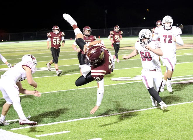 Whitesboro's Mac Harper and the Bearcats can clinch a playoff spot with a victory against Paradise on Friday