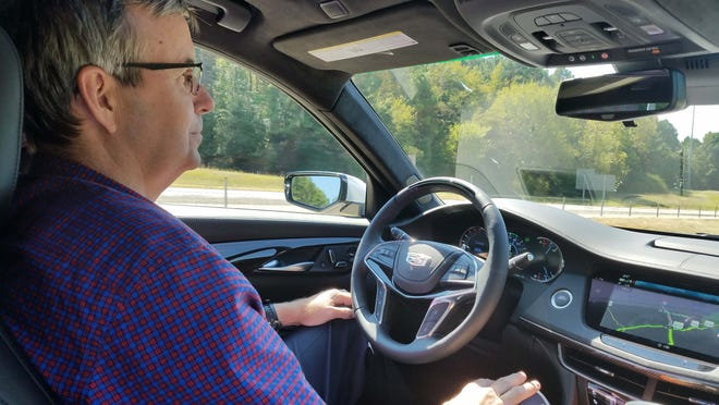 With Cadillac Super Cruise activated, Detroit News auto critic Henry Payne drives hands free at 80 mph on I-30 outside of Texarkana, Arkansas.