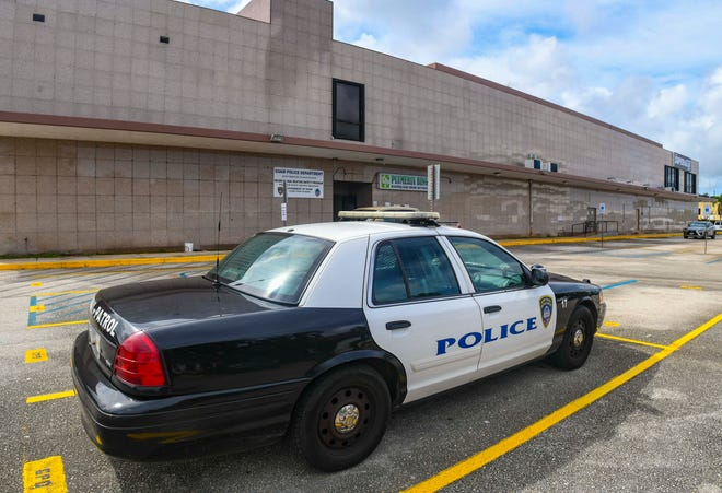 A Guam Police Department vehicle could be found parked outside the entrance to agency's Recreational Boating Safety Program office, along the side of the former Hakubotan building, in Tamuning on Wednesday, Oct. 28, 2020.