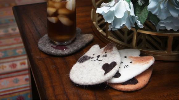 Best cat gifts: Felt Coaster