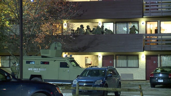 Metro SWAT responded to a hotel in Springfield Township.