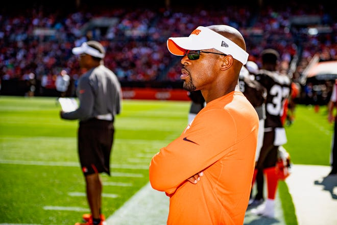 Ron Brewer, Browns director of player engagement, stands on the sideline before a NFL football game between the Washington Football Team and Cleveland Browns on September 27, 2020 at FirstEnergy Stadium. The Browns won 34-20. [Matt Starkey/Courtesy of the Cleveland Browns]