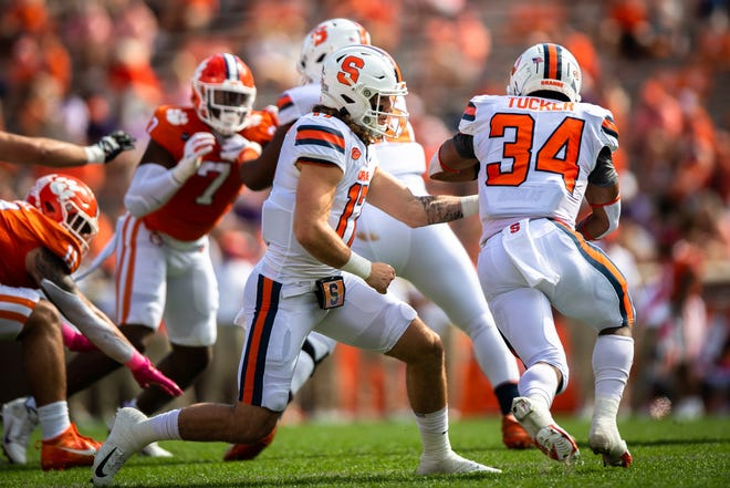 Redshirt senior Syracuse quarterback Rex Culpepper (17)  is listed first at quarterback on the Syracuse depth chart for the third straight game.