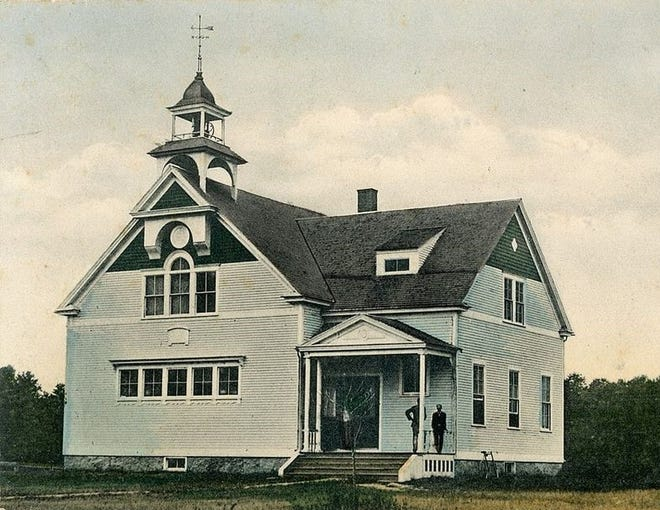 Wells High School, 1903