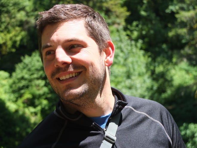 This is a headshot of Sean Stevens.
