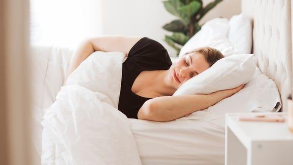 Best skincare gifts for beauty lovers: Alaska Bear Natural Silk Pillowcase