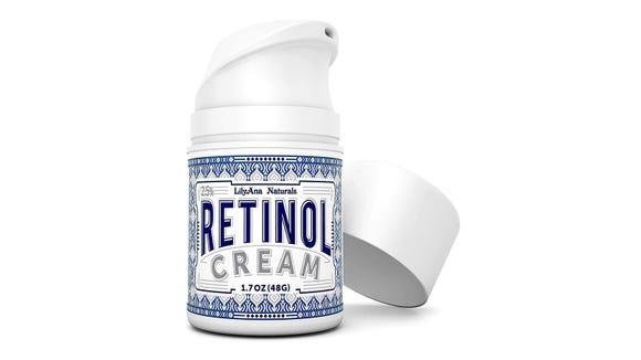 Best skincare gifts for beauty lovers: Lilyana Naturals Retinol Cream