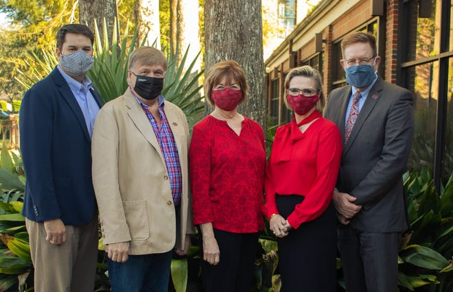 Marking the donation are (from left) Nicholls Foundation Executive Director Jeremy Becker, Mike and Christine Bourgeois, and Nicholls first lady Allison Clune and President Jay Clune.