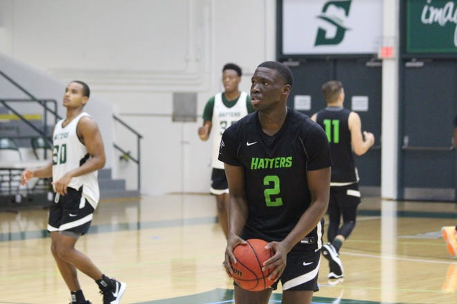 Stetson's Rob Perry returns this season as the team's leading scorer.