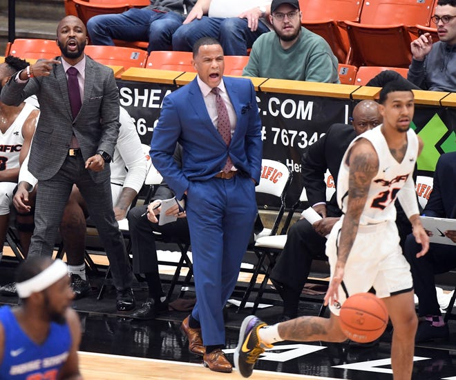 Pacific's Damon Stoudamire stands along the sidelines Nov. 23 in the first half against Boise at Spanos Center.