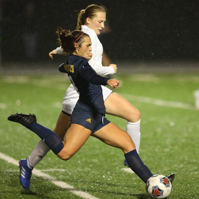 Streetsboro junior Ella Deevers sprints downfield during the district title game against West Geauga at Quinn Field Thursday.