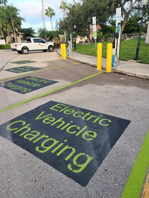 The new electric vehicle charging stations are located near the Nassau Avenue entrance to Centennial Park. The stations are part of FPL EVolution, a program from Florida Power & Light to expand the availability of electric vehicle charging infrastructure.