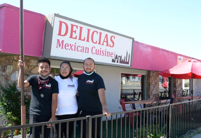 A new Mexican restaurant in Desert Hot Springs had to close its doors soon after it opened because of the Covid 19 pandemic… but the owners managed to keep their dream and the restaurant alive. Partners are brothers Cesar and Armando Olvera and Angelica Denicia.