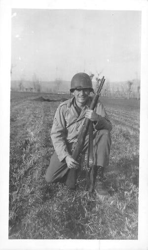 Cpl. Francis J. Caruso pergi dari bekerja di Brooklyn Navy Yard pada tahun 1942 menjadi 30 bulan dalam dinas luar negeri di Angkatan Darat AS dalam Perang Dunia II, di Afrika Utara, Italia dan Korsika.