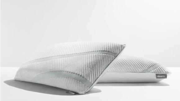 Best Home Depot gifts: Pillow