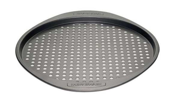 Best Home Depot gifts: Pizza pan