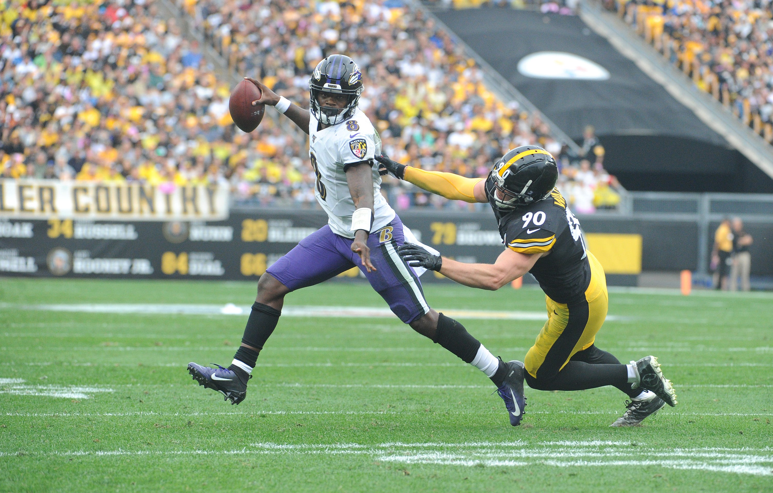 Steelers face Ravens in titanic AFC North battle. Plus, Week 8 picks and fantasy football advice.