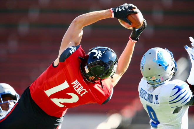 UC's Alec Pierce makes a touchdown catch in the first quarter Saturday against Memphis at Nippert Stadium.