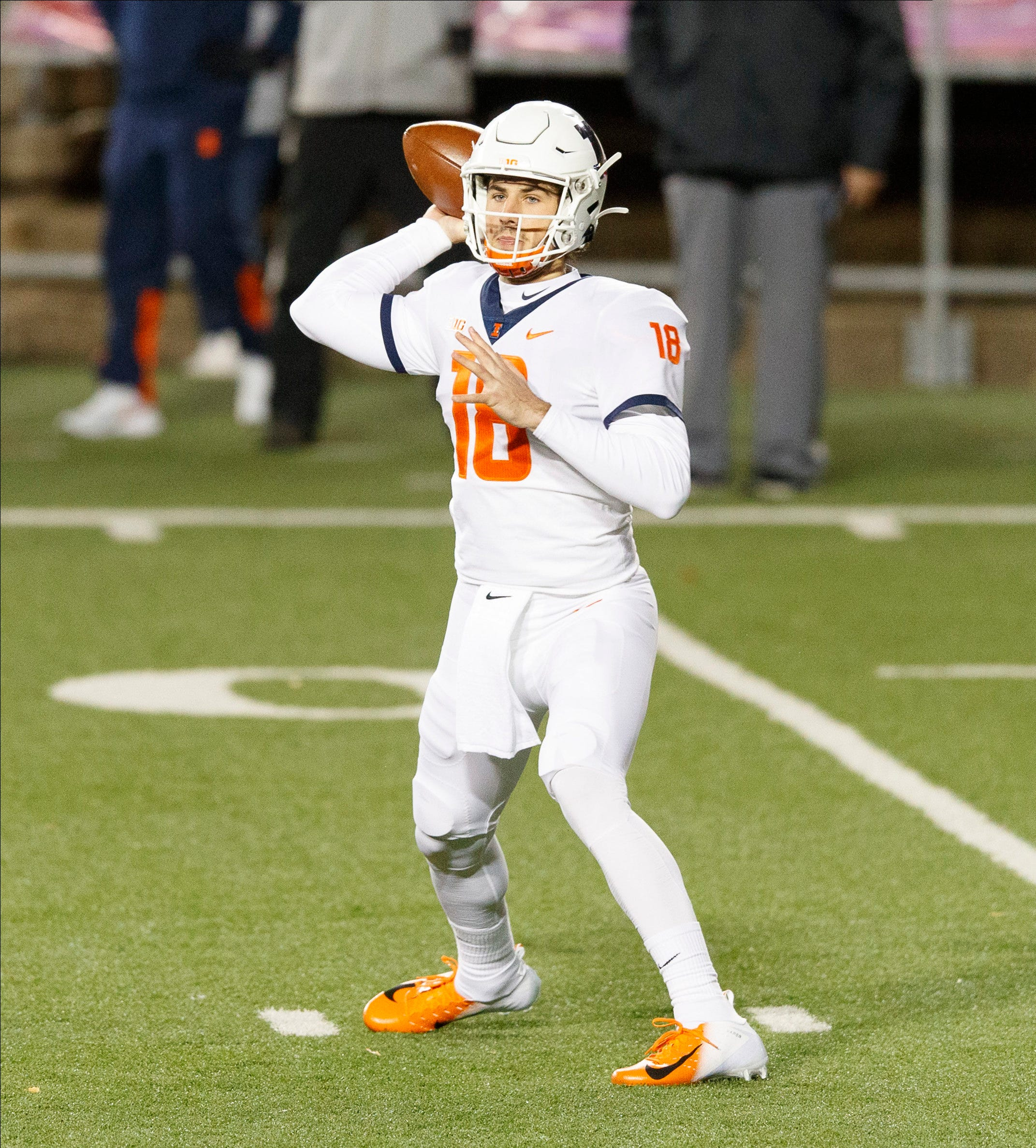 Two Illinois football players, including starting QB Brandon Peters, test positive for COVID-19