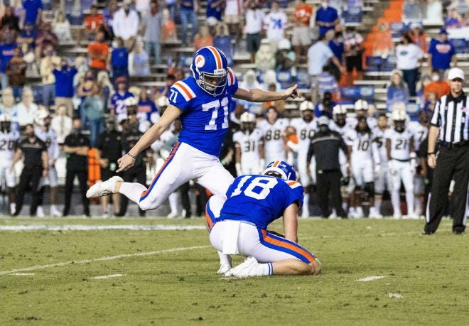 Walk-on Chris Howard made two field goals and all five extra points for the Gators in place of unavailable Evan McPherson.