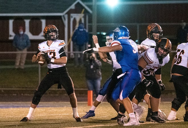Waverly senior quarterback Haydn' Shanks was selected as the Southeast District Division IV Offensive Player of the Year.