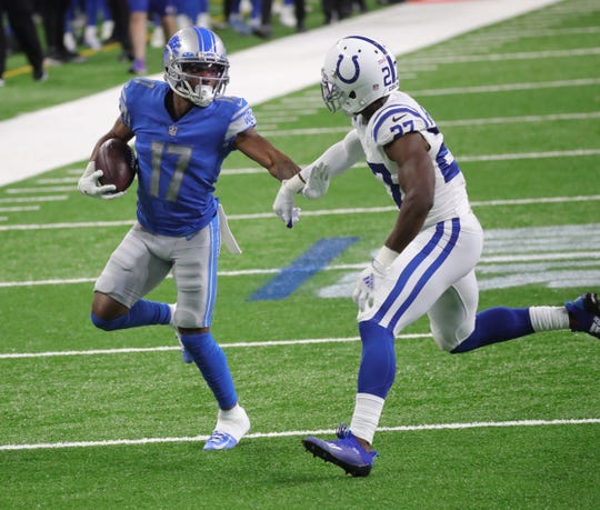 Detroit Lions recipient Marvin Hall caught up with Indianapolis Colts winger Xavier Rhodes in the second half at Ford Field, Sunday, November 1, 2020.