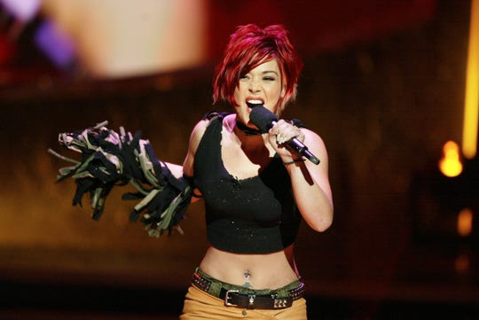 """Nikki McKibbin finished third on the first season of """"American Idol,"""" competing alongside Kelly Clarkson."""