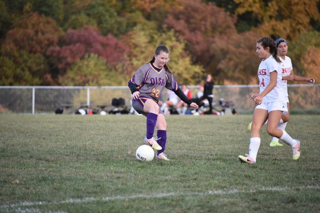 OLSH's Paige Smith scored three goals in the Chargers' quarterfinal win over Freedom.