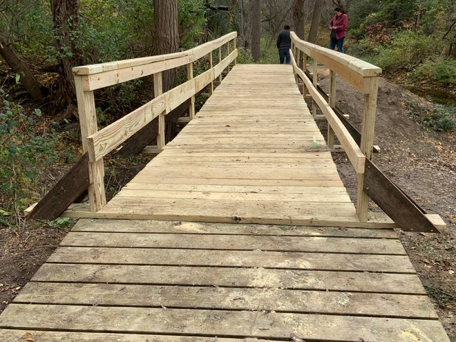 The new Yellow Trail bridge is located between Lyndon Road and Turk Hill Road in the town of Perinton.