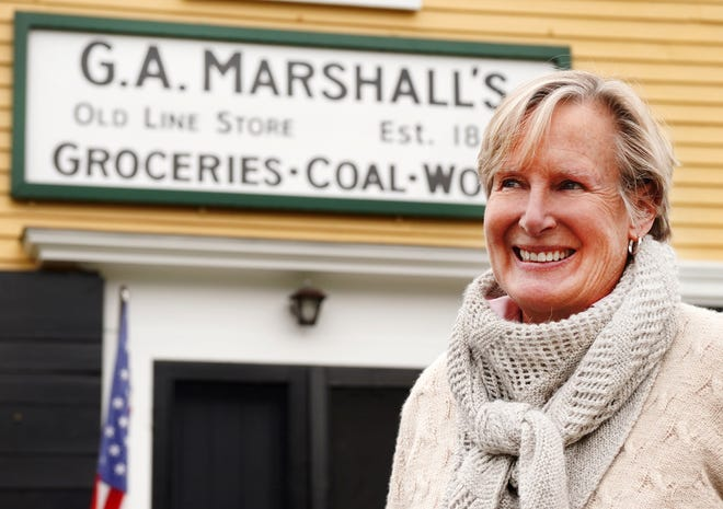 After 25 years, Mary Harding will step down as the curator of the well-known George Marshall Store and Gallery by the York River this fall.