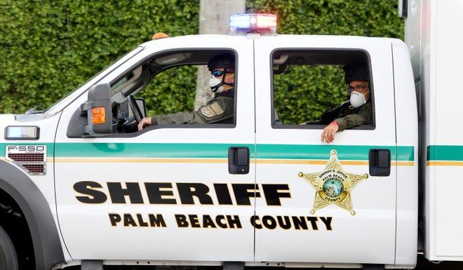 Palm Beach County Sheriff deputies. [TIM STEPIEN/palmbeachpost.com]