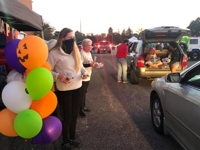 The Ascension Parish Sheriff's Office held 'trunk or treat' events in both Donaldsonville and Gonzales on Halloween.