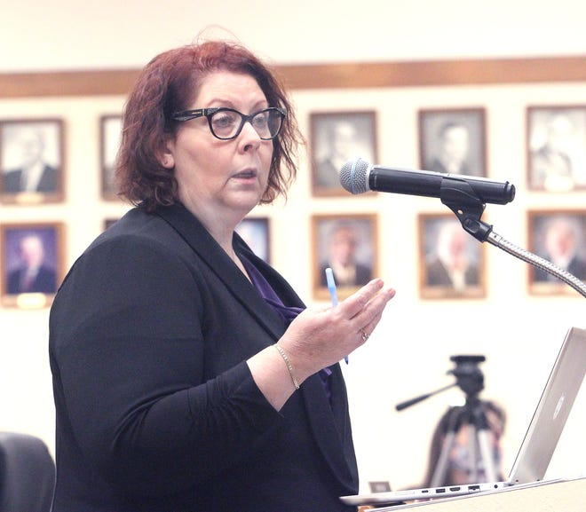 Moberly Director of Public Utilities Mary West-Calcagno provides a report Monday to the city council about a number of water, sewer and wastewater projects that are being considered to be executed within the city limits.