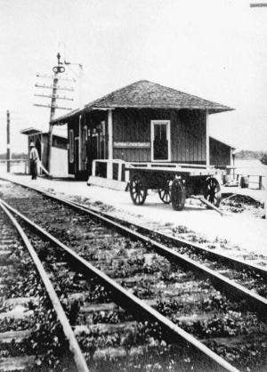 The Florida East Coast Railway depot in Jupiter at the turn of the century.